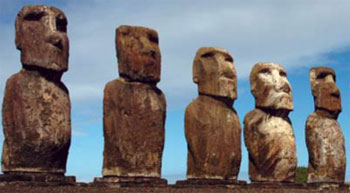 <figcaption>The stone statues of Easter Island Credit: Courtesy of Terry Hunt</figcaption>